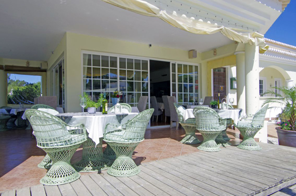 Make the most of the sunny weather with our outdoor seating areas